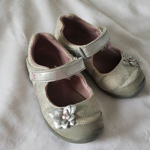 Stride Rite Katelyn Mary Jane style shoes.